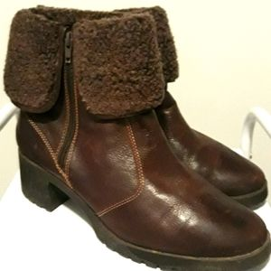 AEROSOLES Lug Sole Ankle Boot